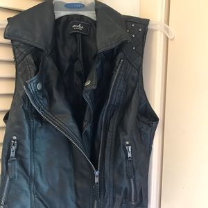Other - Juniors Moto style faux leather vest